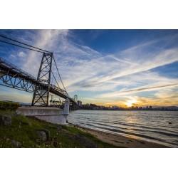 Ponte Hercílio Luz e Forte - Florianópolis/SC - Brasil